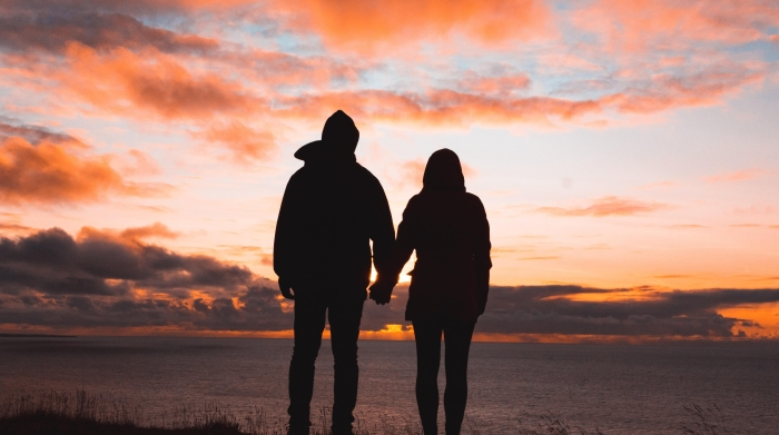 couple sunset -unsplash