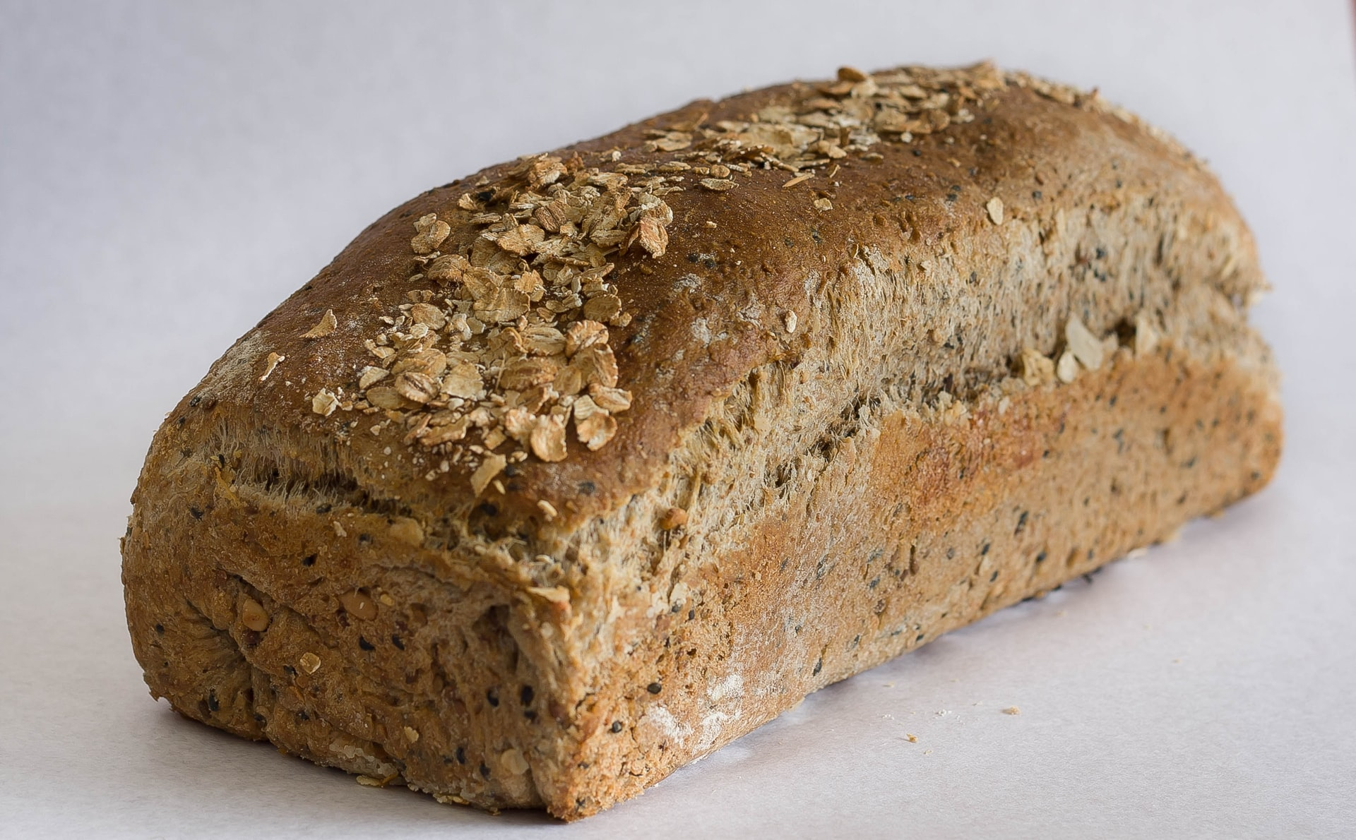 sergio-arze-8JGA8LZv9i4-unsplash bread